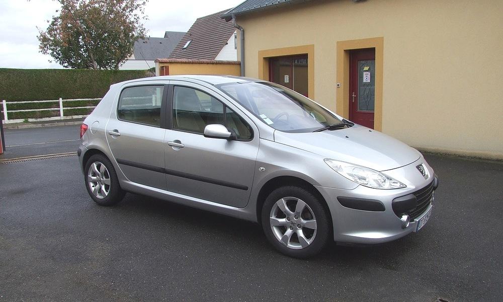 Peugeot 307 en 2L essence